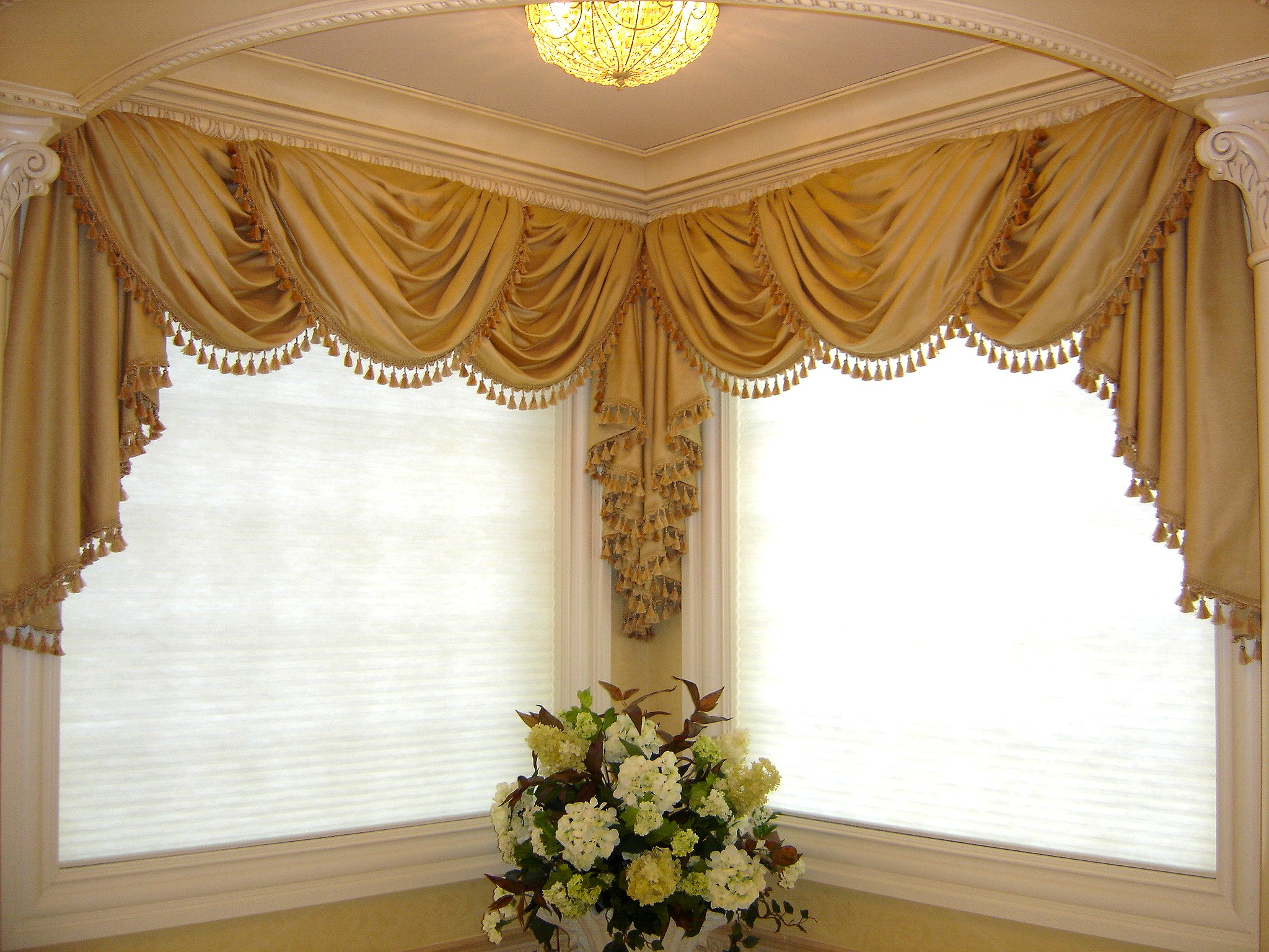 Elegant drapery on pinterest window treatments valances Elegant window treatment ideas